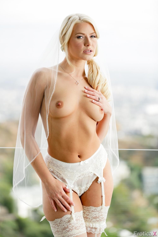 Naked Sex After Wedding